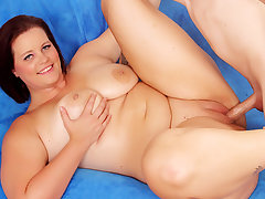 Amazing Plumper Amanda Foxxx Gets Railed After Having Her Assets Used