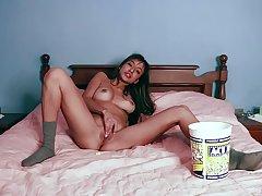 Stunning babe Camila Luna spends a night alone masturbating