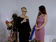 Mindi Mink and Ember Snow can not hold back from making love with each other