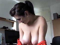 Mother speaking surrounding bosom out - spy video voyeur