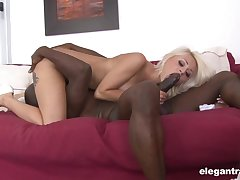 Black man enjoys proper 69 oral less this cutie to the fore shagging her in the air